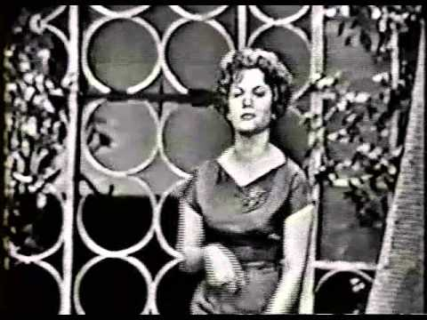 Connie Francis Lipstick On Your Collar played on Wurlitzer